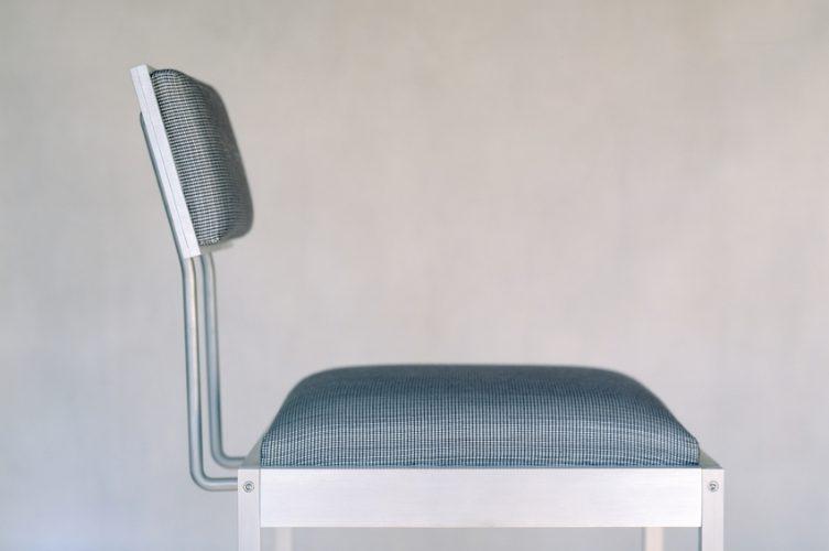 sitting-chair