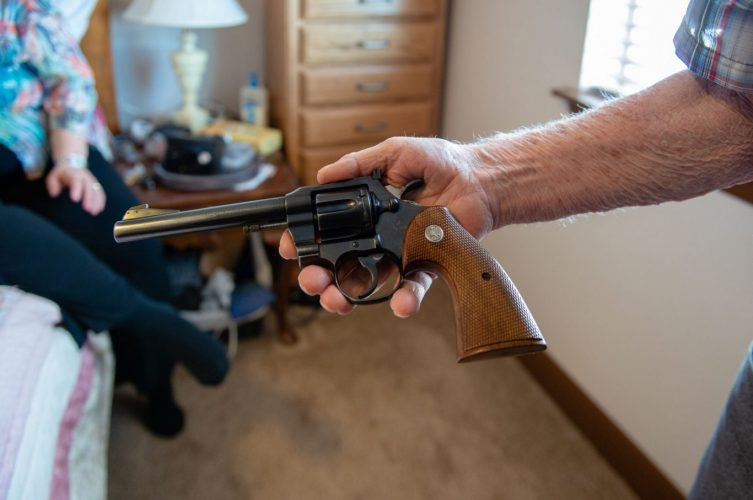 guns-dementia