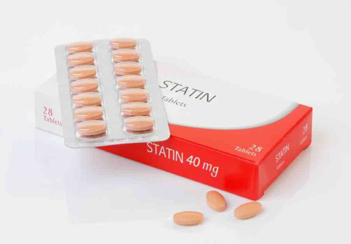 A pack of cholesterol drug statin for concussions and dementia