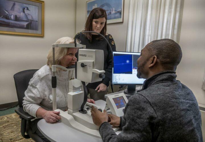 Alzheimer's eye exam