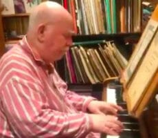 Paul Harvey, pianist with dementia