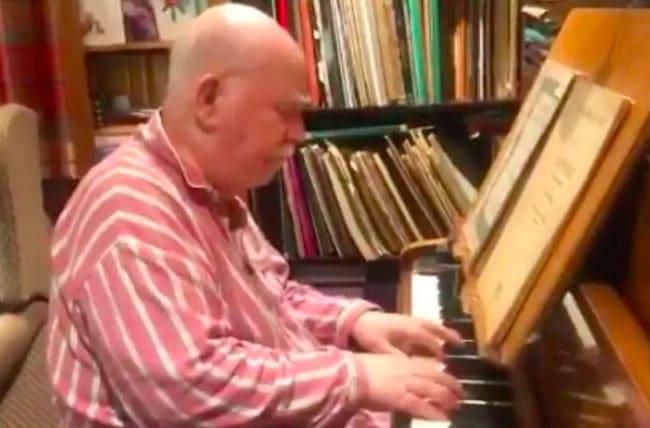 Paul Harvey, pianist with dementia