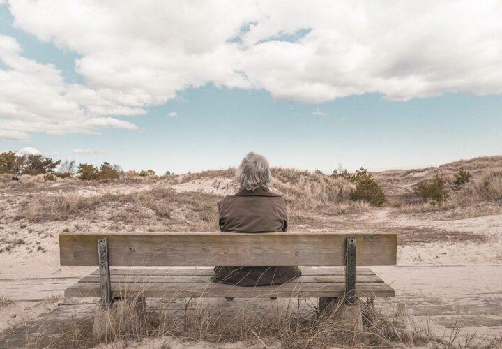 dementia apathy