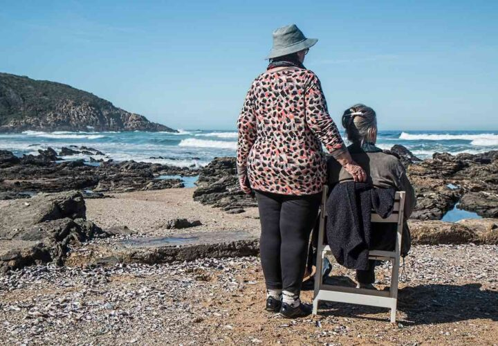 How Being Friends With Someone Who Has Dementia Can Be Good for You Both