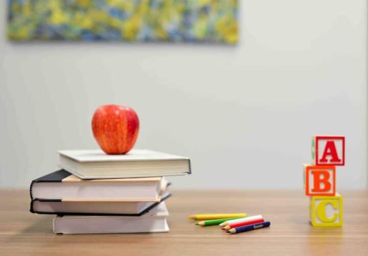 dementia risk lifestyle, education, smoking, diabetes